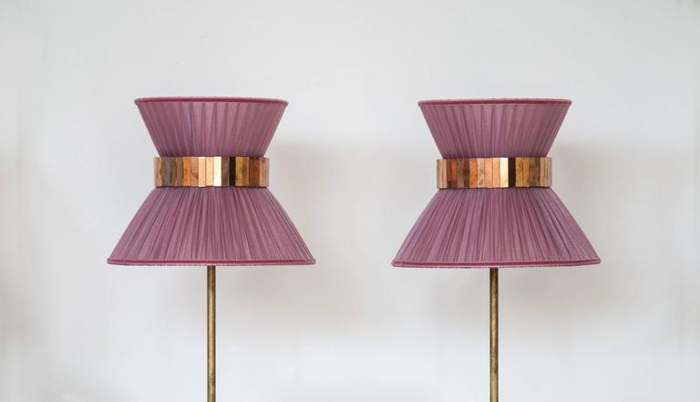 """Modern """"Tiffany"""" Table Lamp in onion Silk, Antiqued Brass, Silvered Glass Handmade   For Sale"""