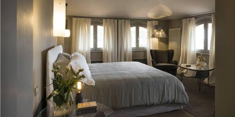 "Italian ""Tiffany"" Floor Lamp in ivory Silk, Antiqued Brass, Silvered Glass Handmade"