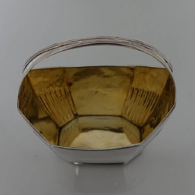 British George III/18th Century Silver Antique Sugar Bowl, London, 1799 William Fountain For Sale