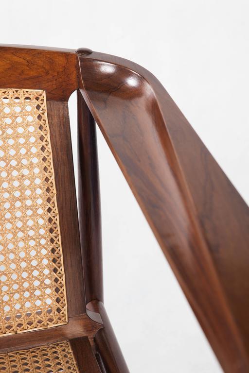 Brazilian Modern Rosewood and Cane Sofa by Joaquim Tenreiro 2