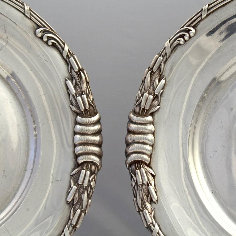 Pair of Dutch Art Nouveau Sterling Silver Platters with Cattails by Ph Saakes In Good Condition For Sale In Philadelphia, PA