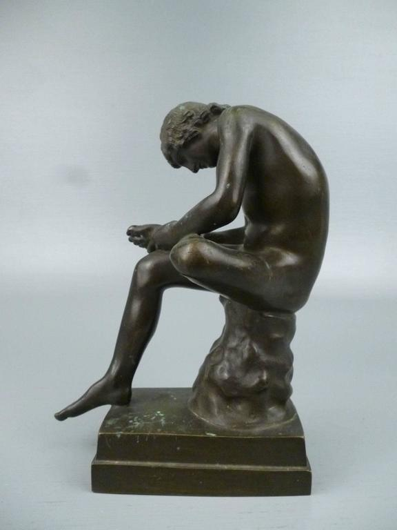 Grand Tour Bronze Sculpture of Spinario the Thorn Picker In Good Condition For Sale In Philadelphia, PA