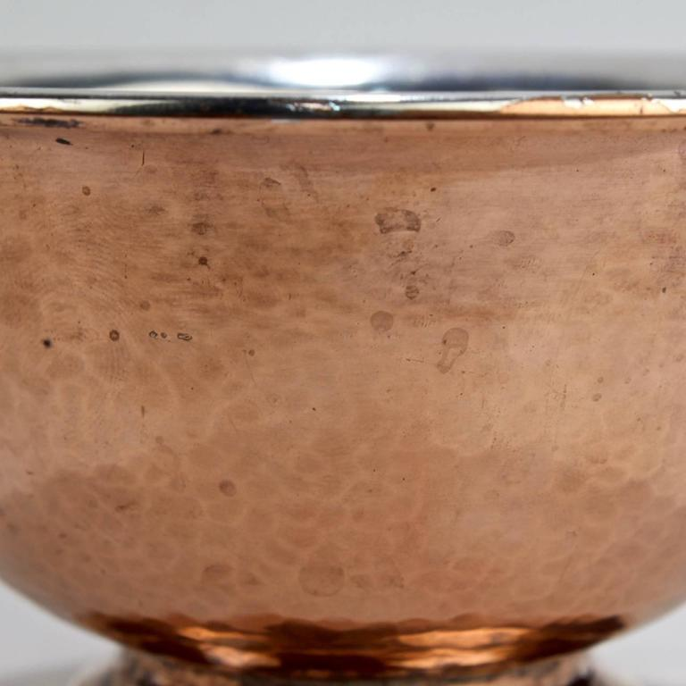 George Gebelein Boston Arts & Crafts Hand-Hammered Copper and Silver Bowl In Good Condition For Sale In Philadelphia, PA