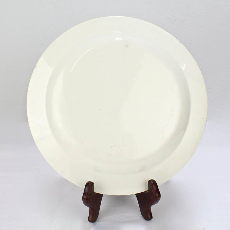 Gilt Set of Ten Early 19th Century Wedgwood Creamware Pattern No. 892 Dinner Plates For Sale