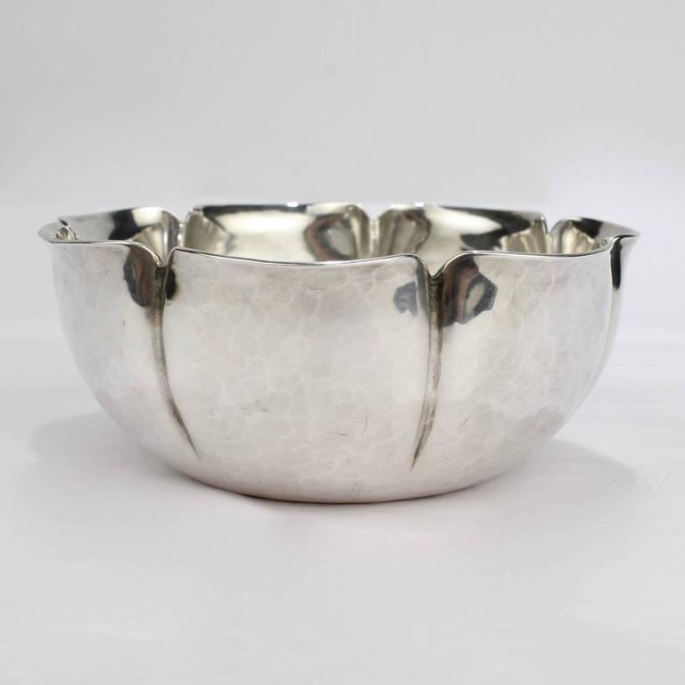 A good, heavy gauge American Arts & Crafts sterling silver bowl.