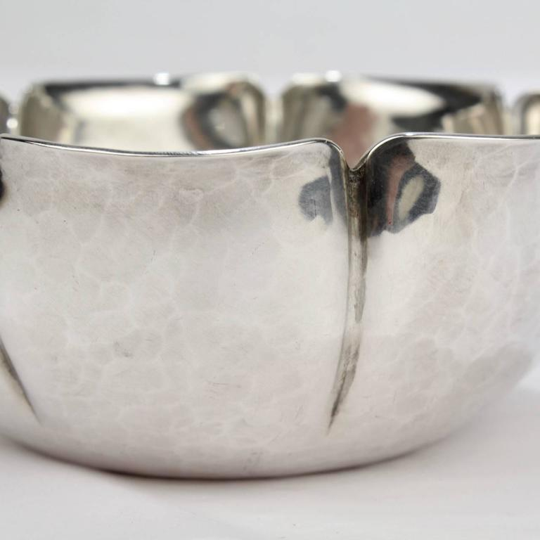 Joel F Hewes American Arts & Crafts Hand-Hammered Sterling Silver Bowl For Sale 1