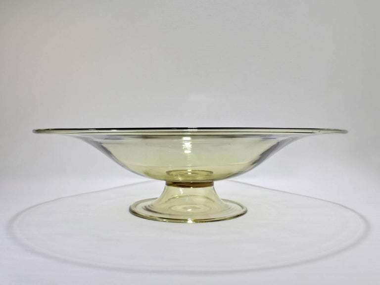 Italian Large Venetian Midcentury Glass Footed Bowl Centrepiece Attributed to Salviati For Sale