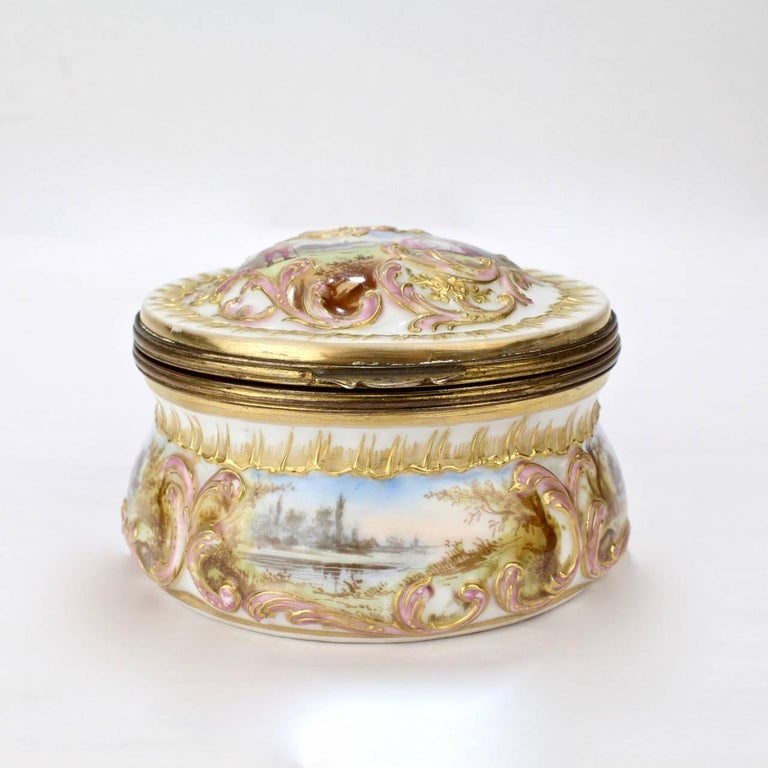 French Antique Gilt Paris Porcelain Table Snuff Box or Round Casket by Bloch & Bourdois For Sale
