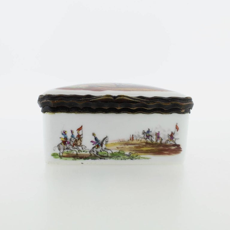 18th Century and Earlier Antique French or German Porcelain Snuff Box with Hand-Painted Military Scenes For Sale