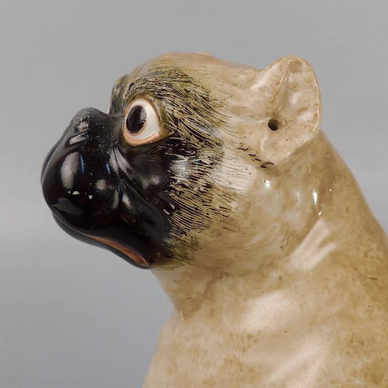 19th Century, Chamberlain Worcester English Porcelain Model of Pug Dog and Puppy In Good Condition For Sale In Philadelphia, PA