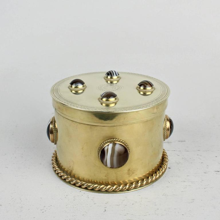 19th Century Round English Men's Dresser Box with Banded Agate Cabochons For Sale 1
