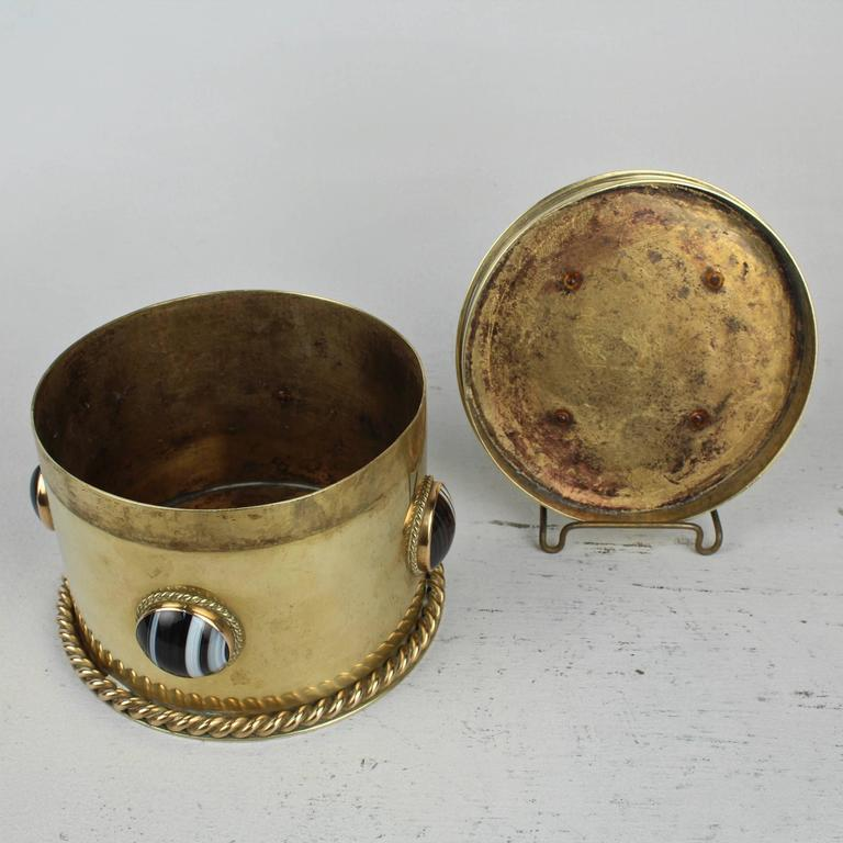 19th Century Round English Men's Dresser Box with Banded Agate Cabochons For Sale 3