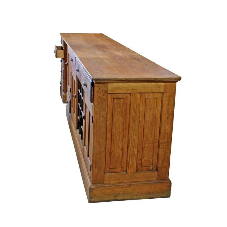 Oak Work Counter In Good Condition For Sale In Aurora, OR
