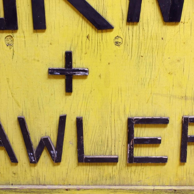 American Worms and Crawlers Sign For Sale