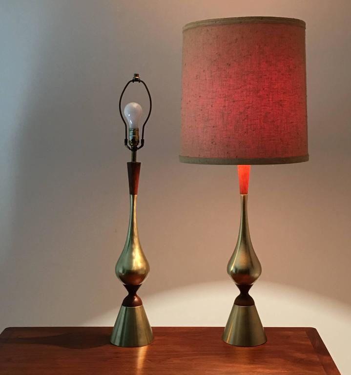 Mid-Century Modern Elegant Pair of Tall Table Lamps by Westwood Industries, circa 1955 For Sale