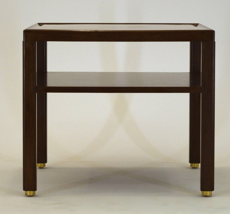 Fine Two-Tone Occasional or End Table by Dunbar in Walnut In Excellent Condition For Sale In South Charleston, WV