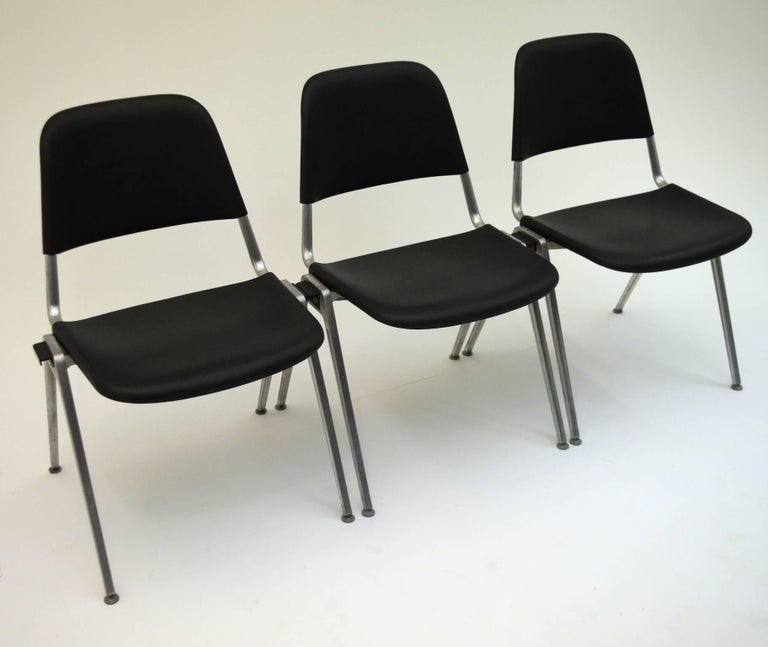 Mid-Century Modern Set of 15 Tandem Stacking Seats by Don Albinson for Knoll with cart
