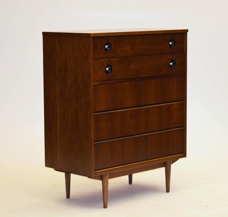 Distinctive Furniture By Stanley Bedroom Suite By Pierre