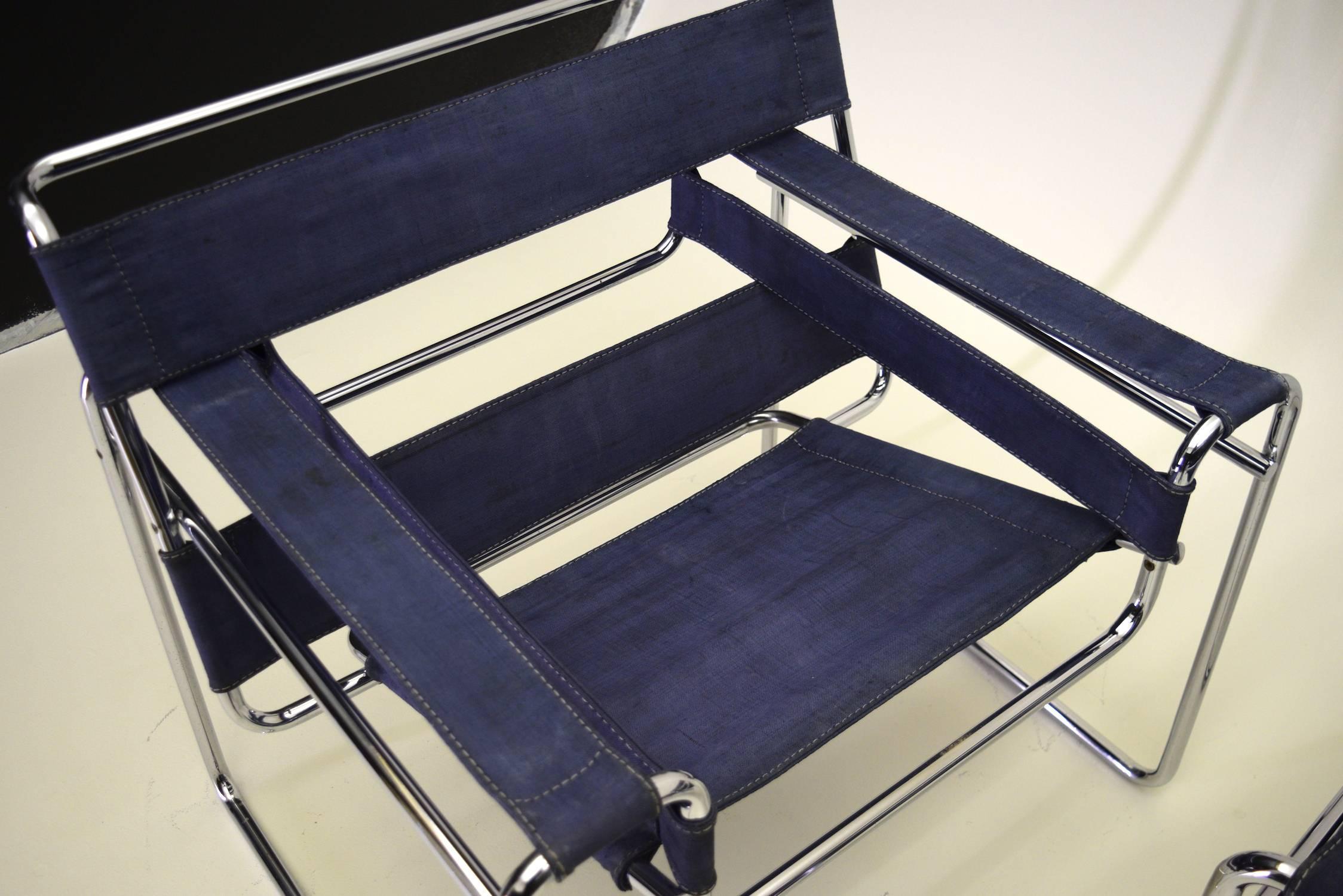 Lounge stoel leenbakker 303mzq. excellent met bureau en kast mzq