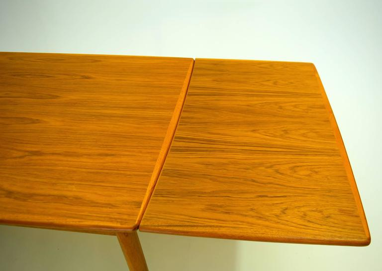 Danish Teak Dining Table With Extension Leafs By