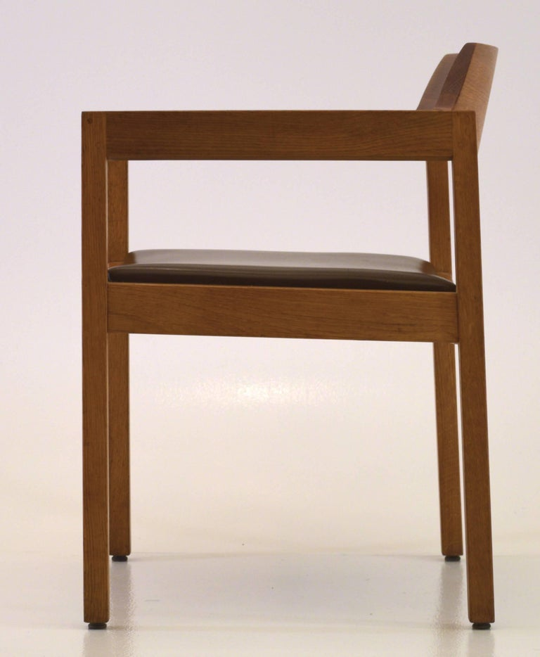 Mid-Century Modern Single Desk Chair by the Gunlocke Company For Sale