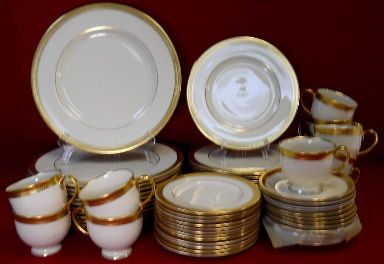 Lenox China Lowell Gold Stamp 60 Piece Set Service Twelve