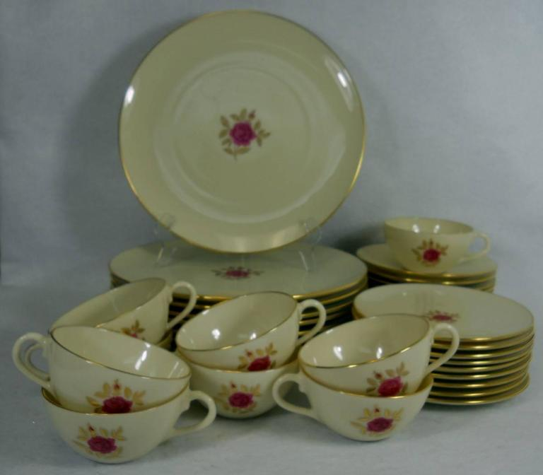 Lenox China Roselyn X304 Pattern 36 Piece Set Service For