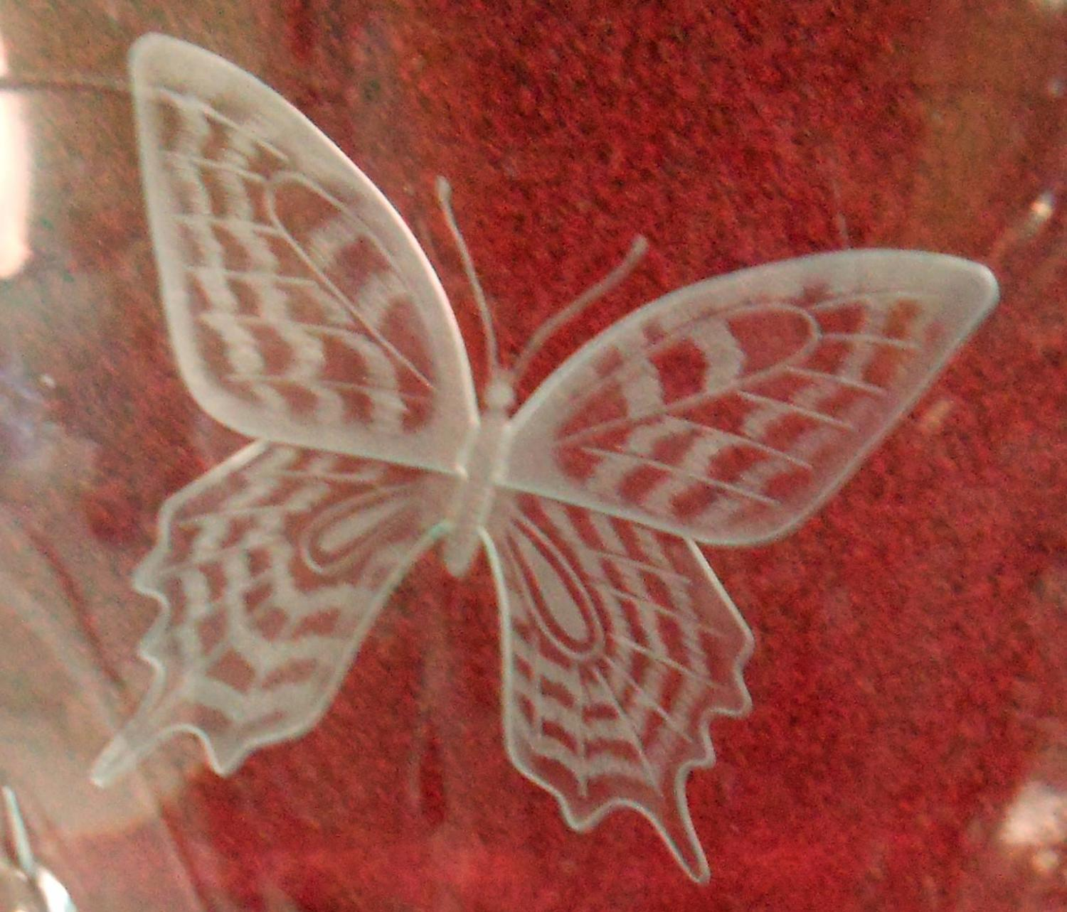 Waterford crystal designers gallery butterfly vase david boyce waterford crystal designers gallery butterfly vase david boyce 119 of 2500 for sale at 1stdibs reviewsmspy