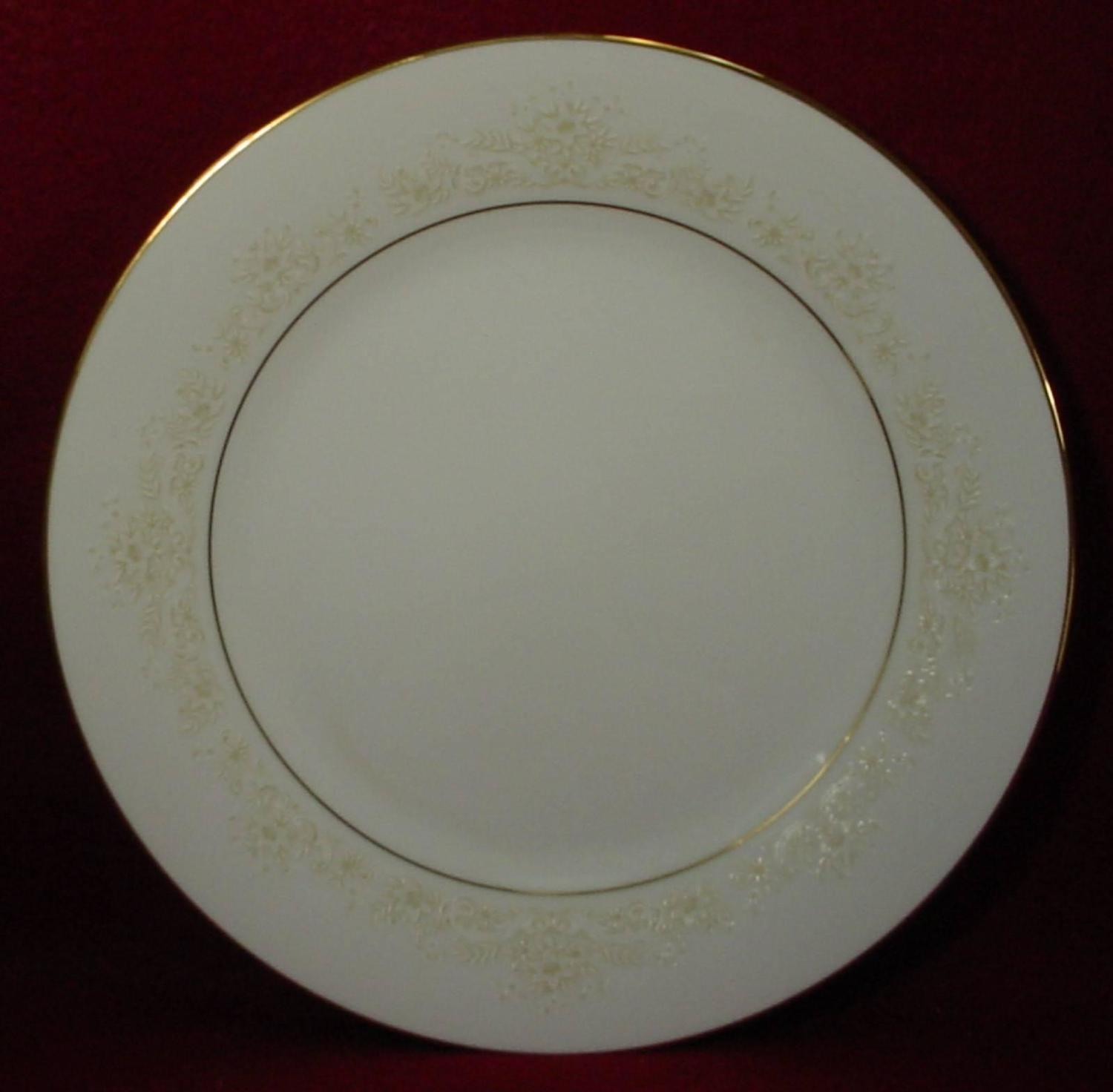 Noritake China Dearest 2034 Pattern 83 Piece Set Service