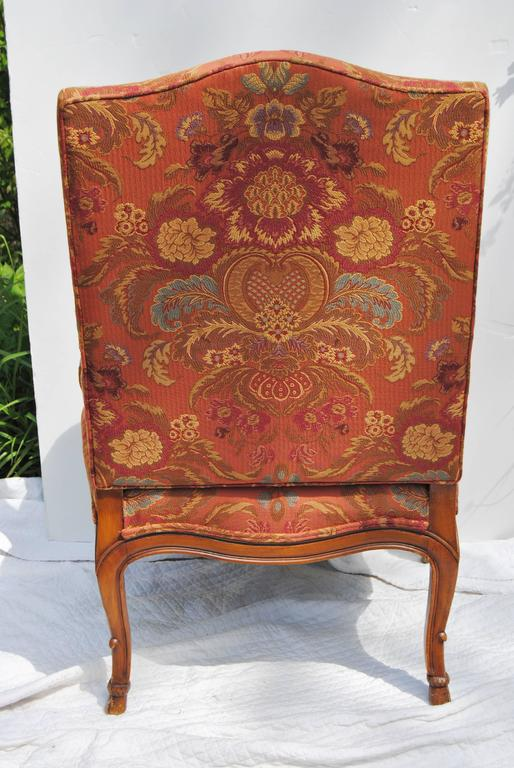 Vintage Hand-Carved French Chair, Newly Upholstered with Old World Weavers  Silk For Sale - Vintage Hand-Carved French Chair, Newly Upholstered With Old World