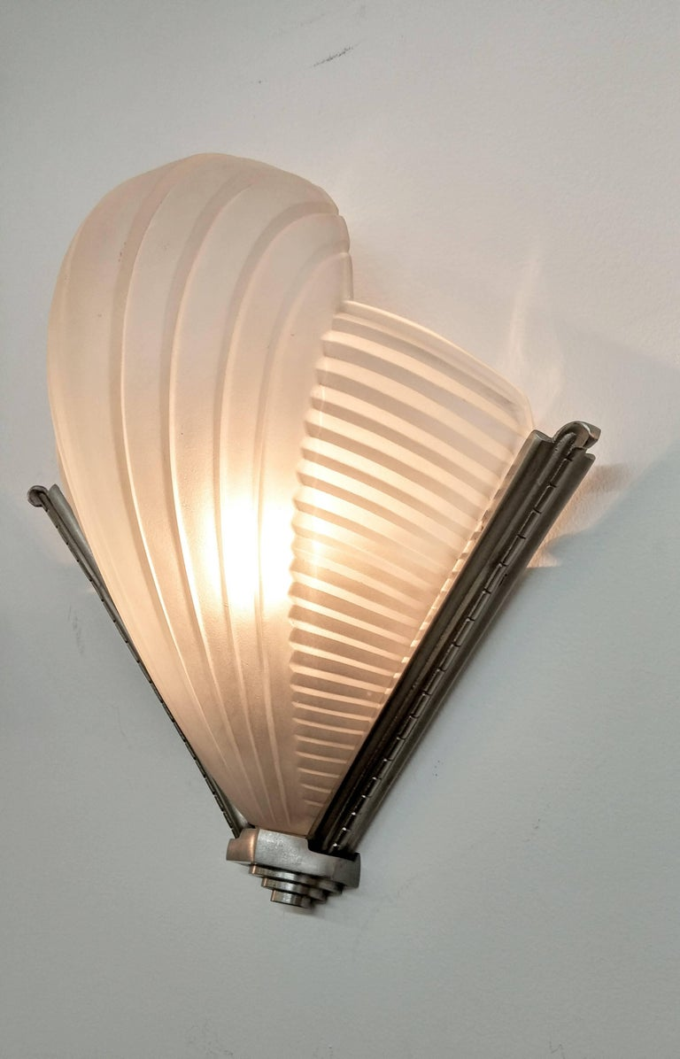 Pair of French Art Deco Wall Sconces by Petitot In Good Condition For Sale In Bronx, NY