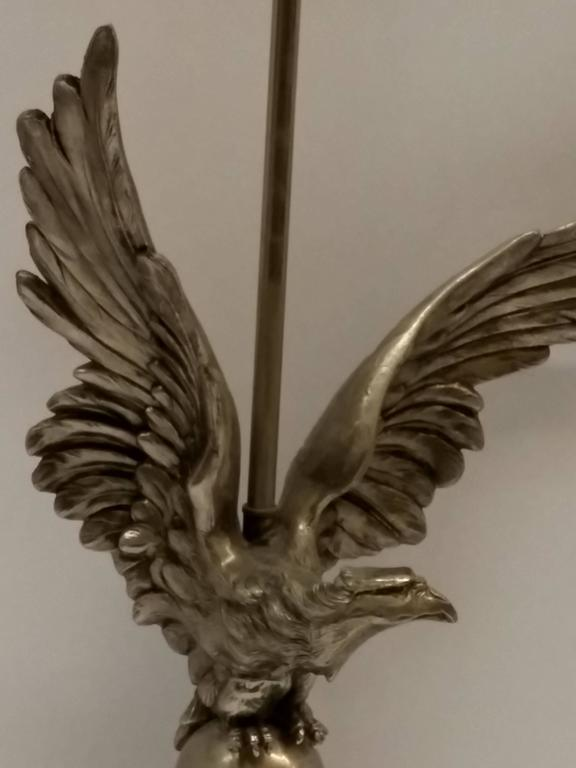 French Art Deco Eagle Table Lamp In Good Condition For Sale In Bronx, NY
