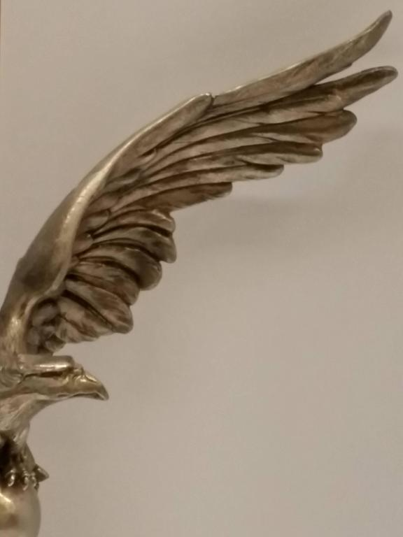 20th Century French Art Deco Eagle Table Lamp For Sale