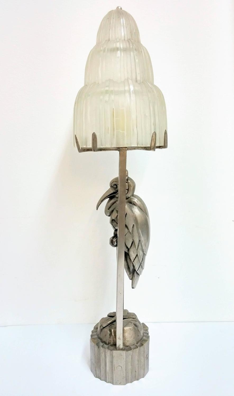 French art deco waterfall table lamp by sabino for sale at for Waterfall lamp shade