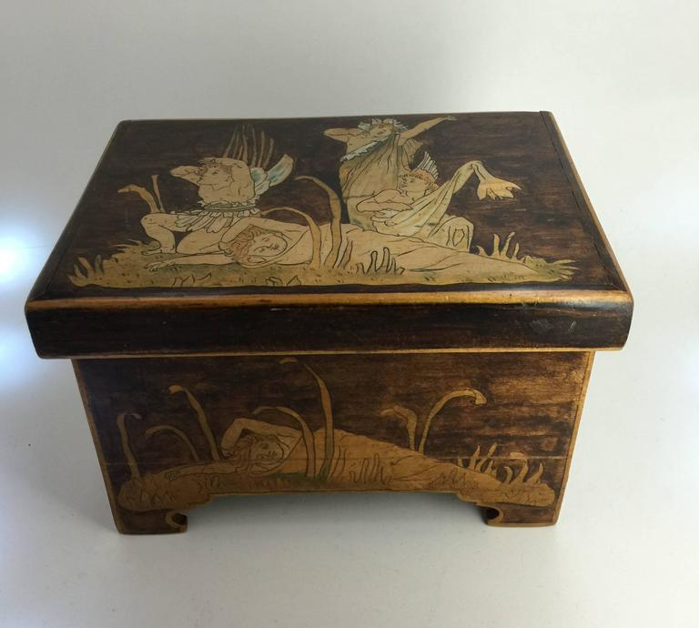 The box with scenes of lilliputian figures