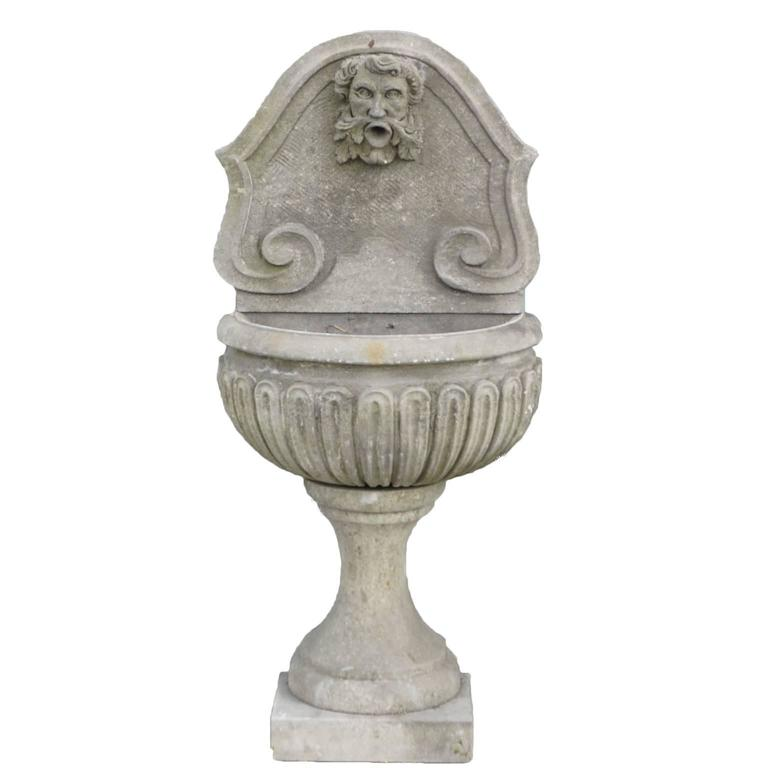 Baroque Style Petit Italian Limestone Wall Fountain For