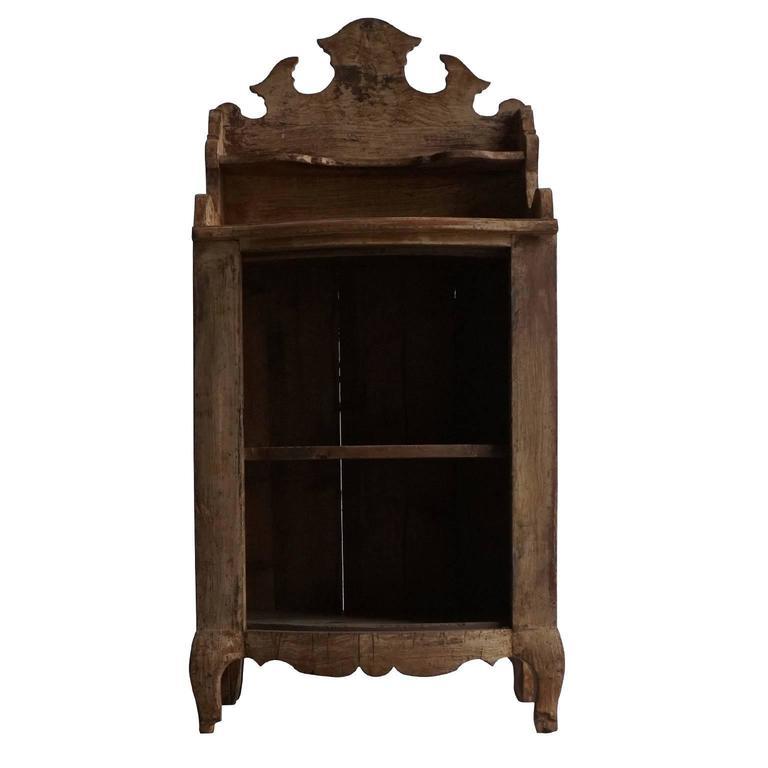 Mid-18th Century Dresdner Wood Bookshelf For Sale