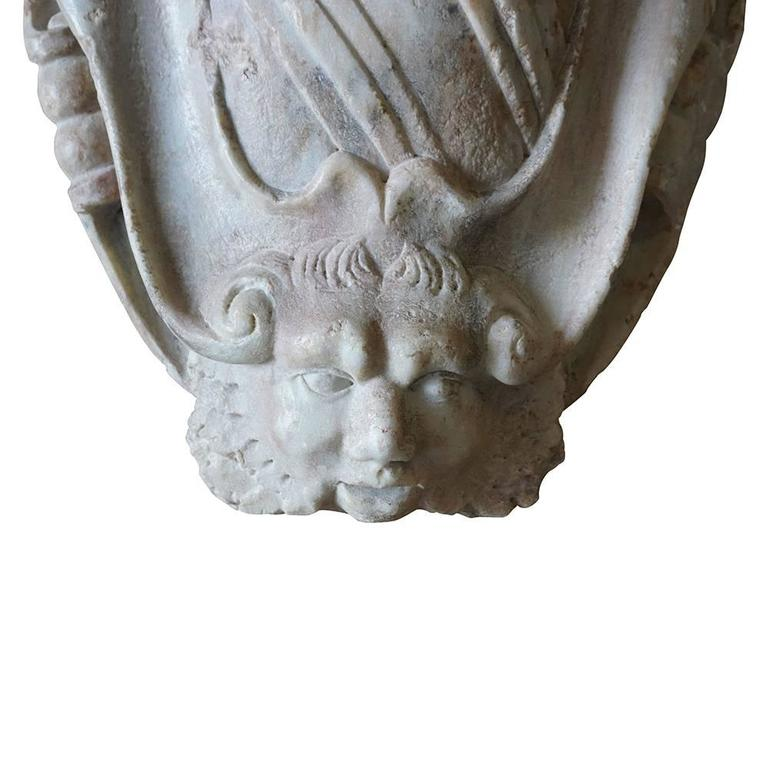 Hand-Crafted 18th Century Italian Carrara Marble Wall Crest For Sale