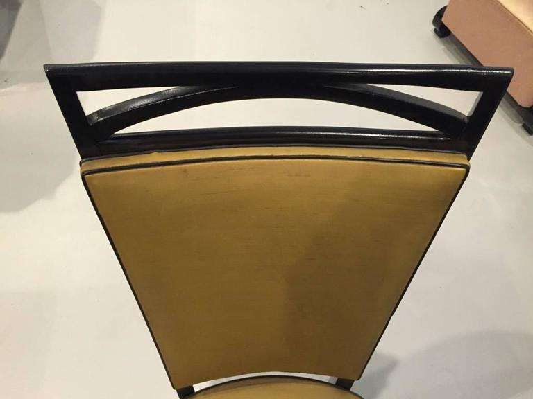 Set of Six French Art Deco Ebonized Dining Chairs, circa 1940s For Sale 1