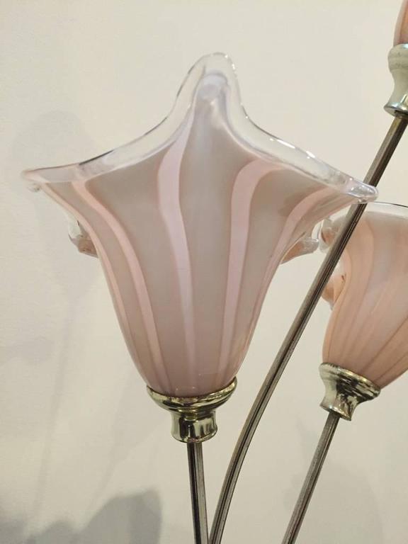 Mid-Century Modern Italian Murano Handblown Calla Lilies Mid-Century Table Lamp For Sale