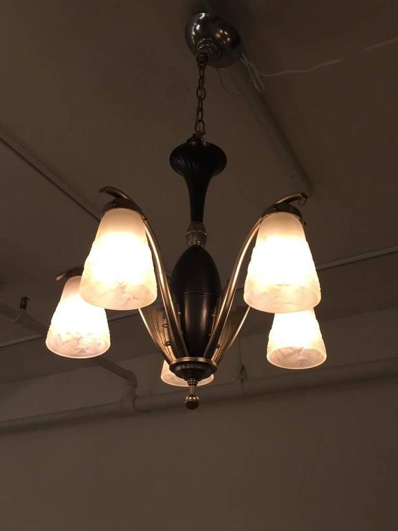 French Art Deco Chandelier Signed by Muller Freres For Sale 4