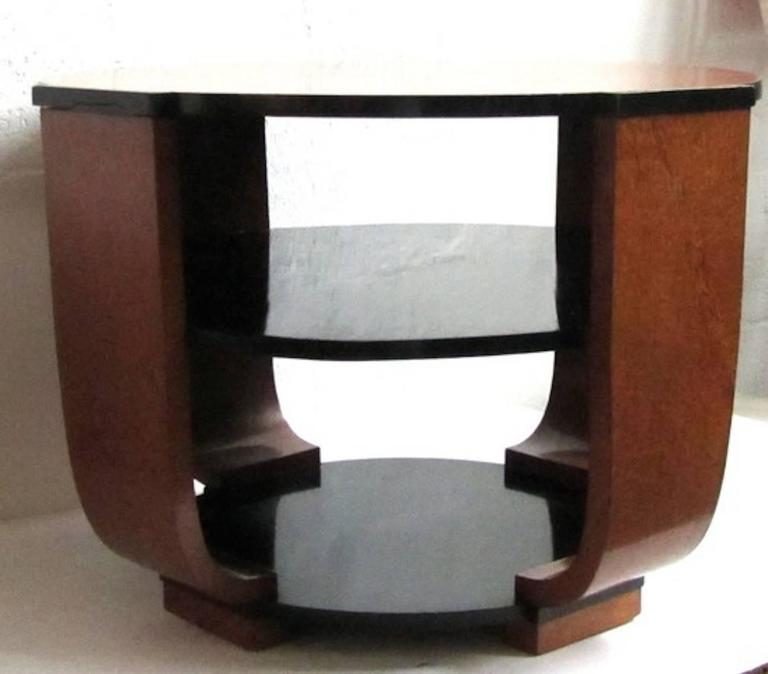 French Art Deco Burlwood Coffee or Centre Table In Good Condition For Sale In North Bergen, NJ