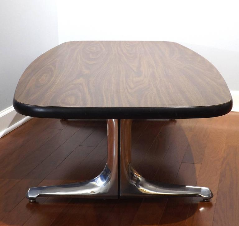 Mid-Century Modern Mid-Century Coffee Table with Cast Chromed Aluminum Legs by Chromcraft For Sale