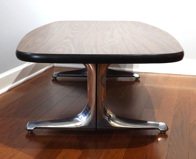 American Mid-Century Coffee Table with Cast Chromed Aluminum Legs by Chromcraft For Sale