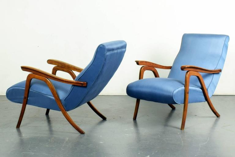 School of Carlo Mollino, Pair of Reclining Armchairs, circa 1955 In Good Condition For Sale In London, GB