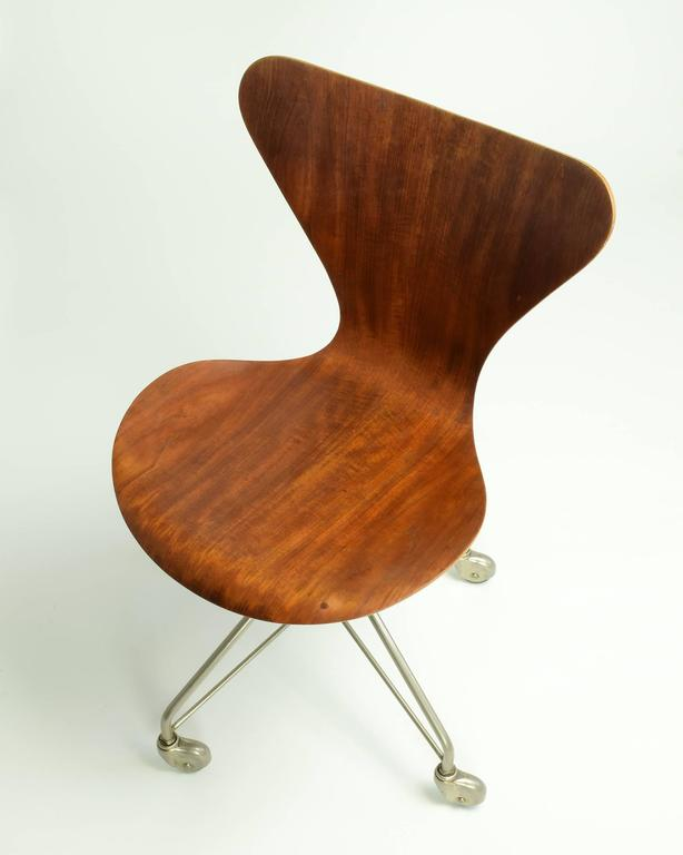 Mid-20th Century Arne Jacobsen Model 3117 Desk Chair, 1955 For Sale