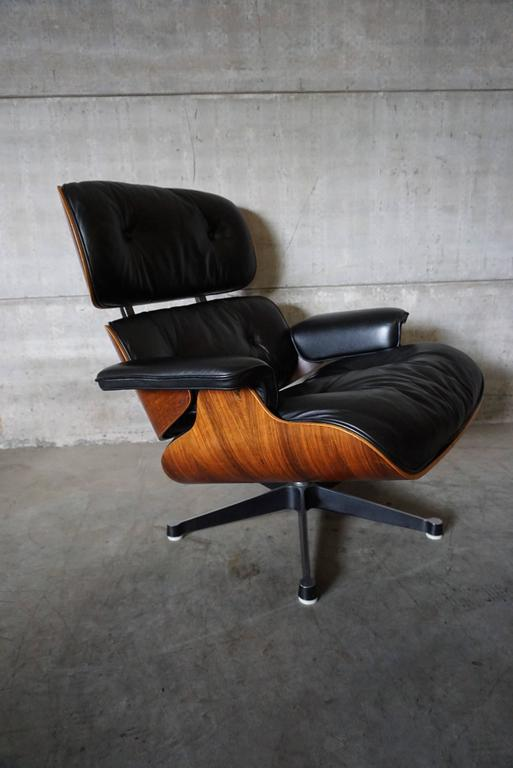 Model 670 Lounge Chair By Charles And Ray Eames For Vitra