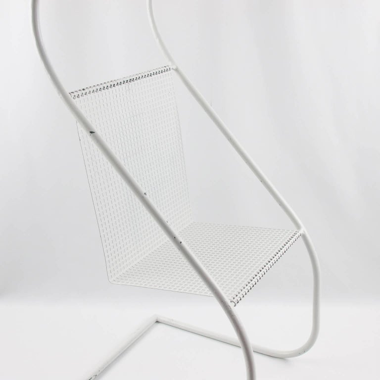 Mid-Century Modern White Metal Side Table and Magazine Rack, France, 1950s 6