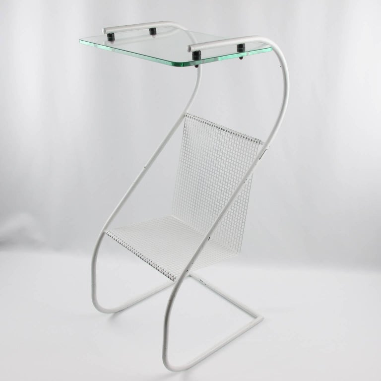 Mid-Century Modern White Metal Side Table and Magazine Rack, France, 1950s 7