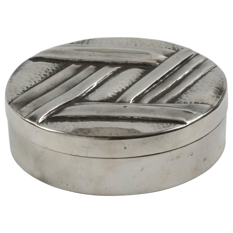 L. Guilbaud France 1930s Art Deco Dinanderie Pewter Box